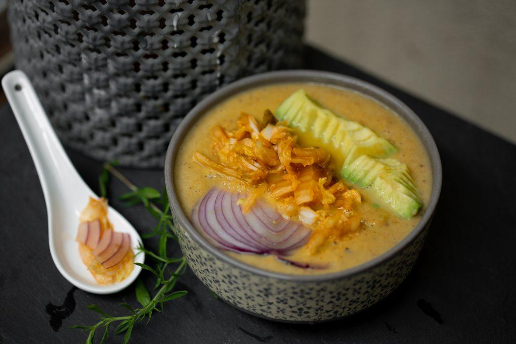 Einfache Kimchi Suppe rohkost und vegan