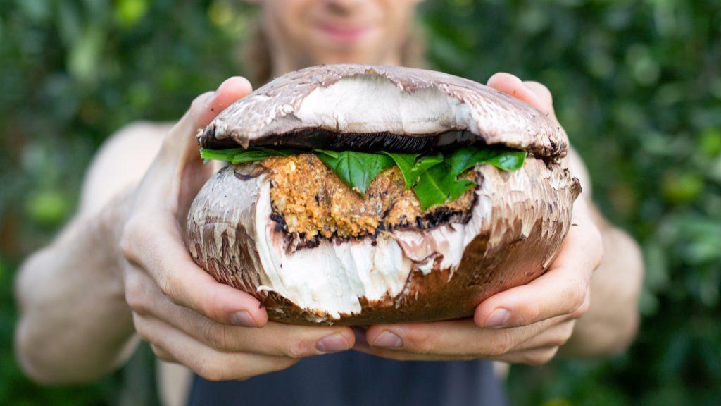 Rohkostburger veganer Pilzburger.