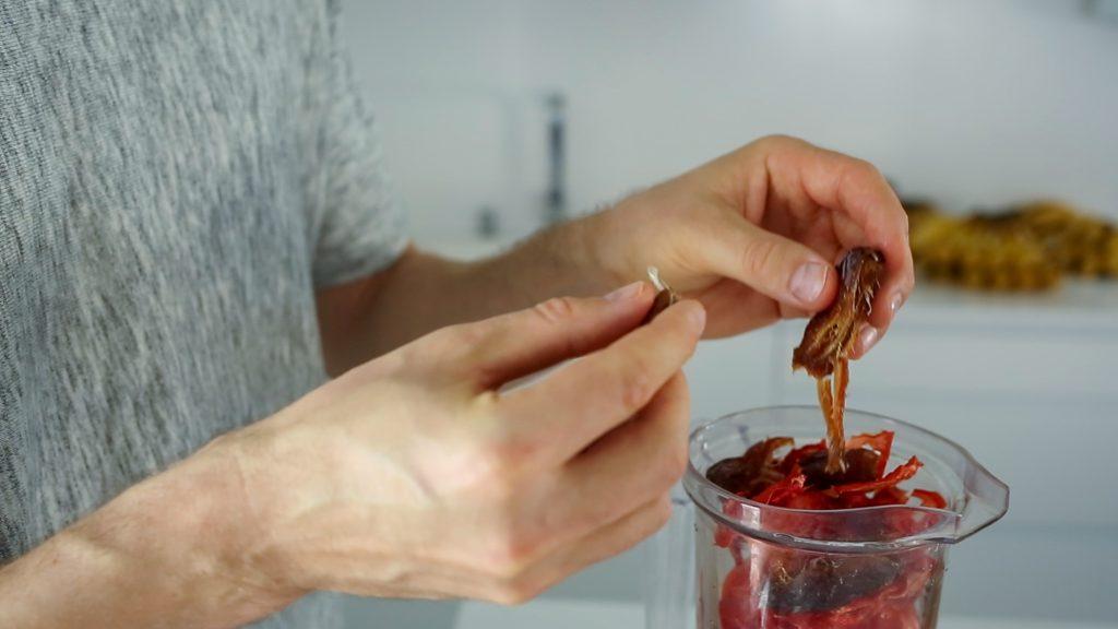 Ketchup mit Datteln gesüßt