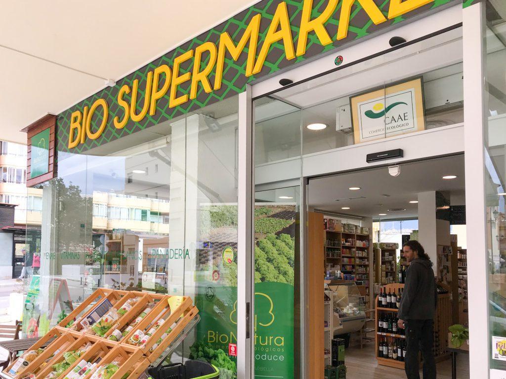 Bionatura Supermarket veganes und Bioessen in Malaga.