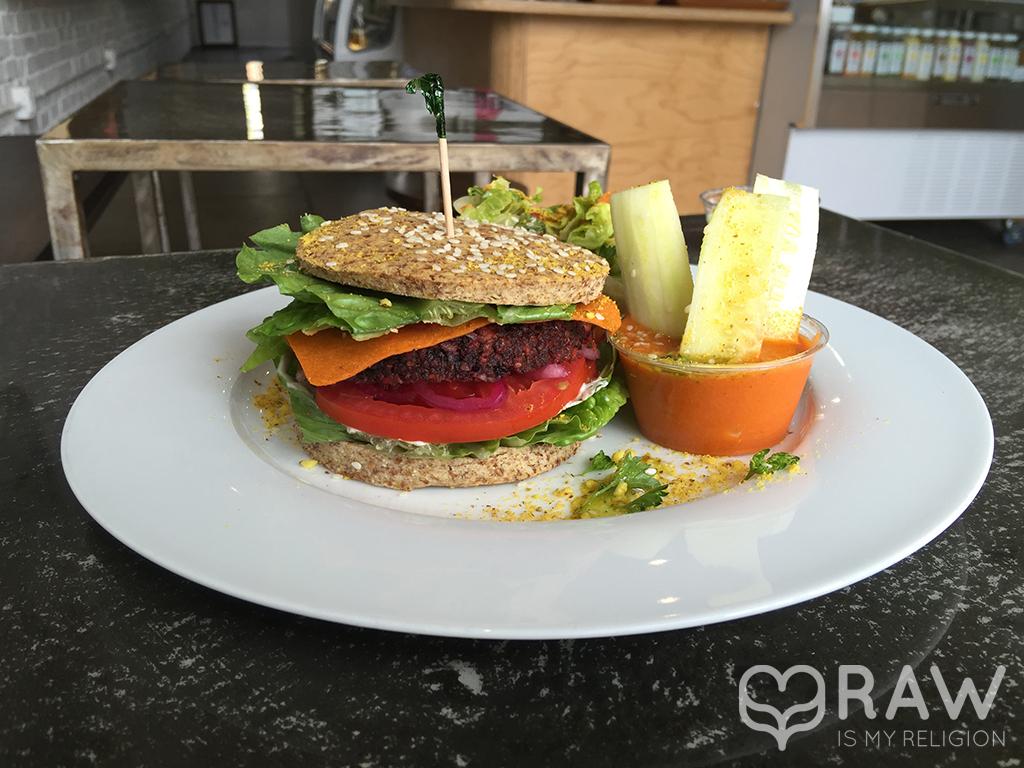 Burger Lifefood Organic Santa Monica.jpg