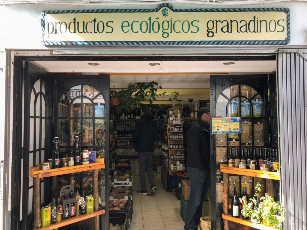 Ecotienda El Agua kleiner Bioladen in Granada Spanien.