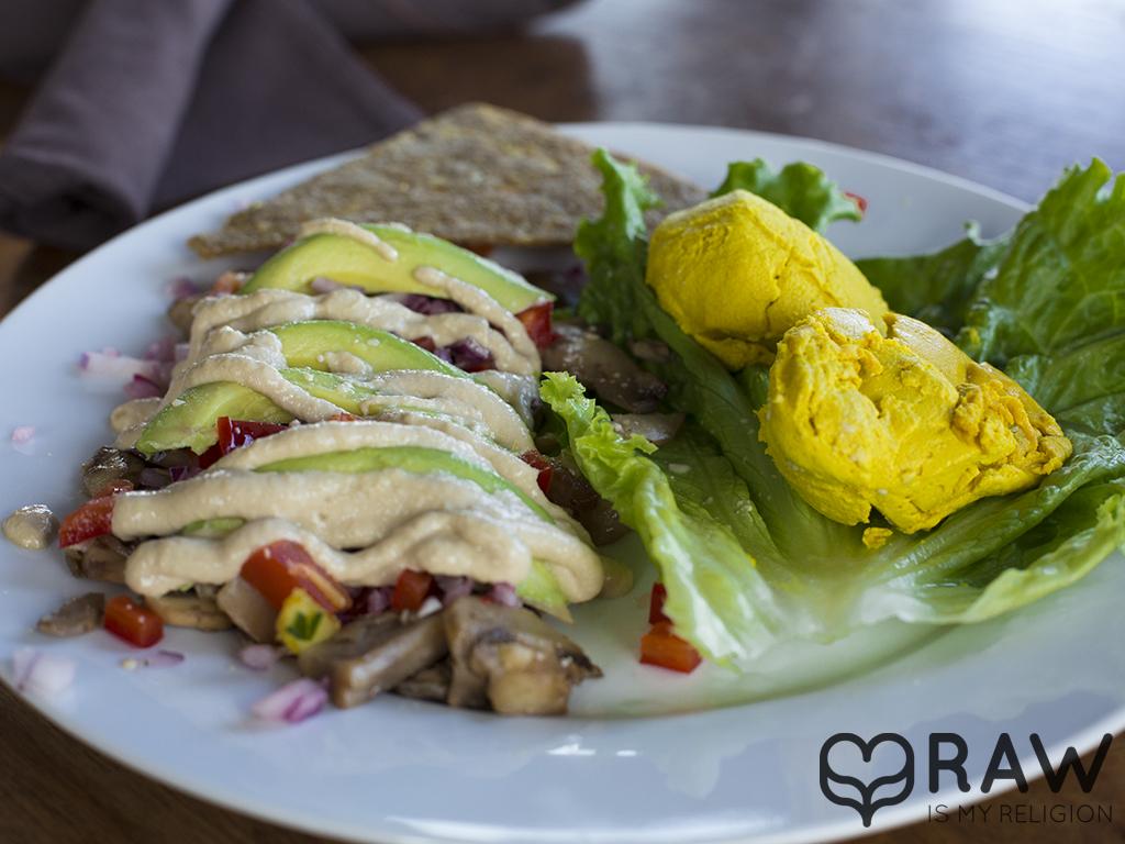 Raw vegan Eggless Scramble - Rawvolution