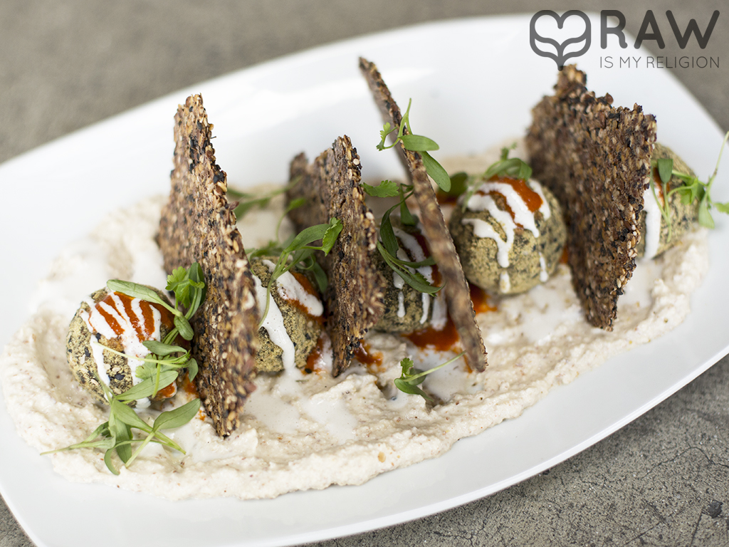 Hummus falafel crackers