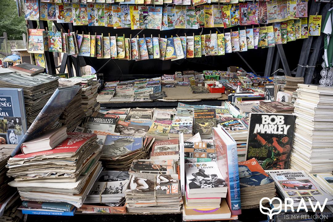 PECSA Bolhapiac Flea market Budapest books comic books