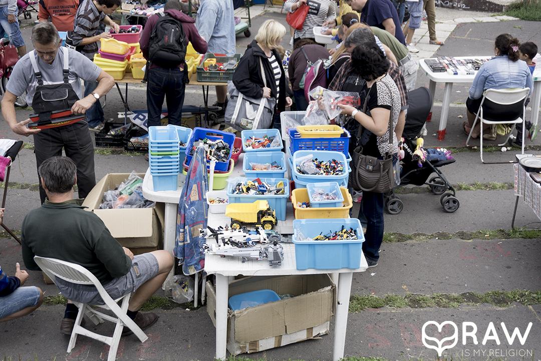 PECSA Bolhapiac Flea market Budapest stands lego