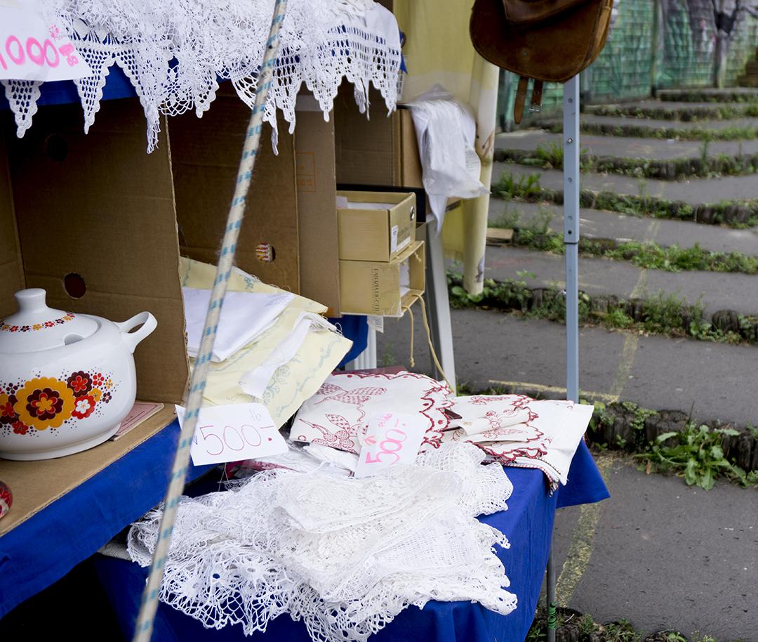 PECSA Bolhapiac Flea market Budapest towels sheets hand made