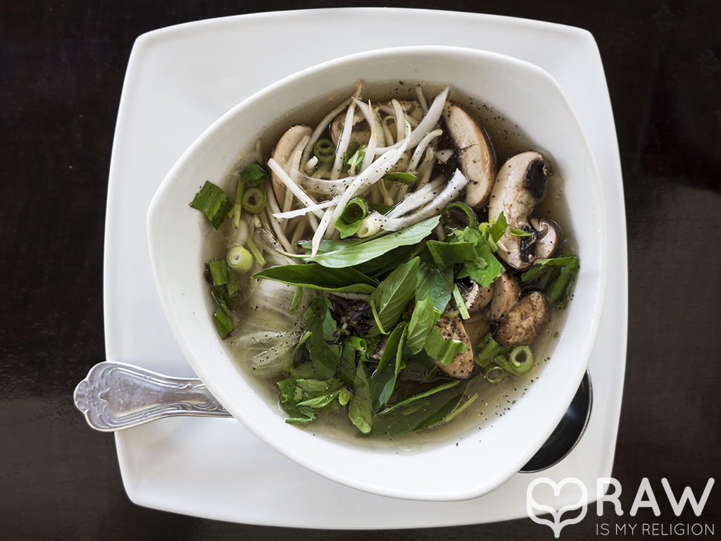 Pho soup raw vegan Au lac DTLA