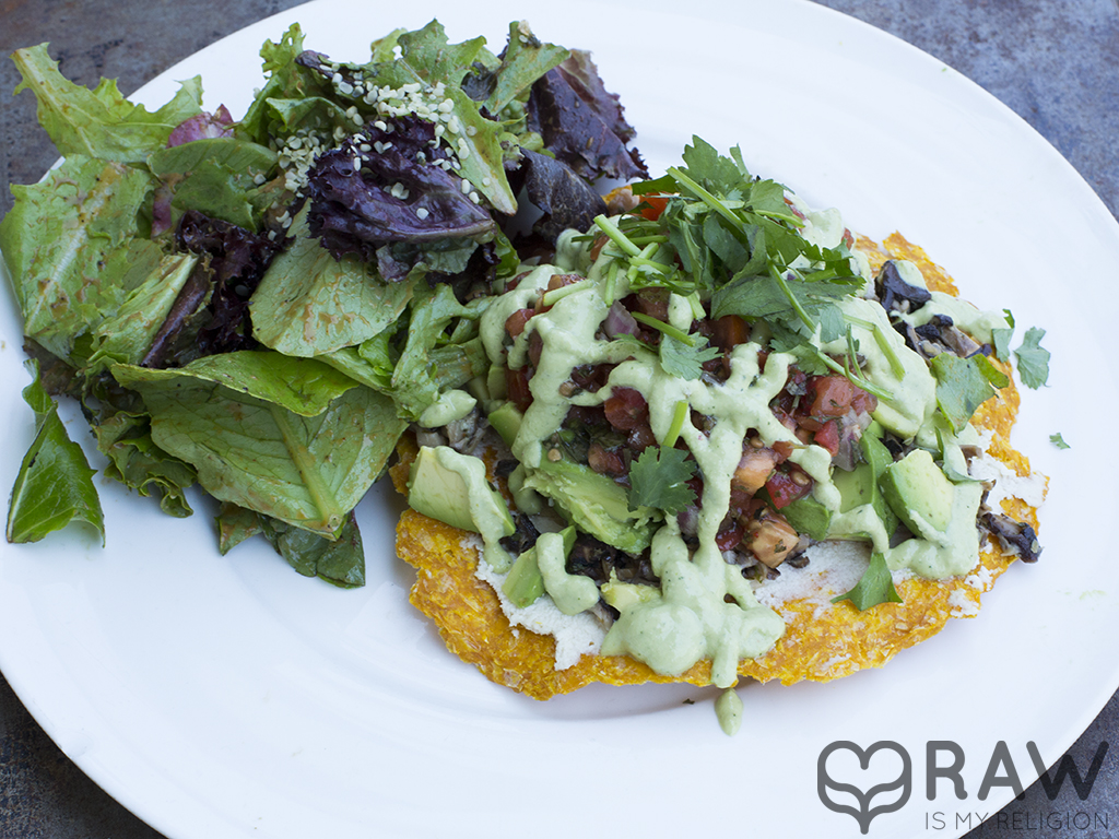 Tostada Au Lac Raw Vegan