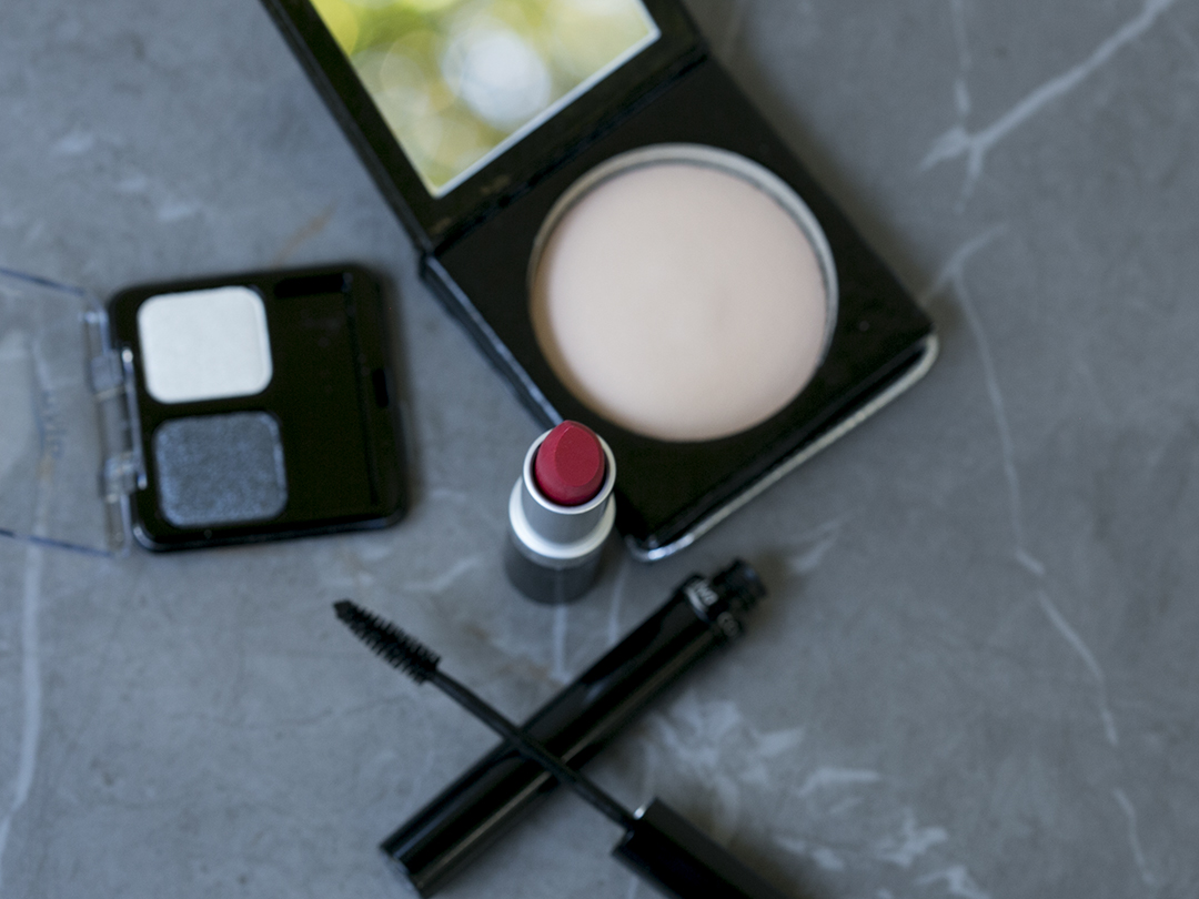alva collection roter lippenstift