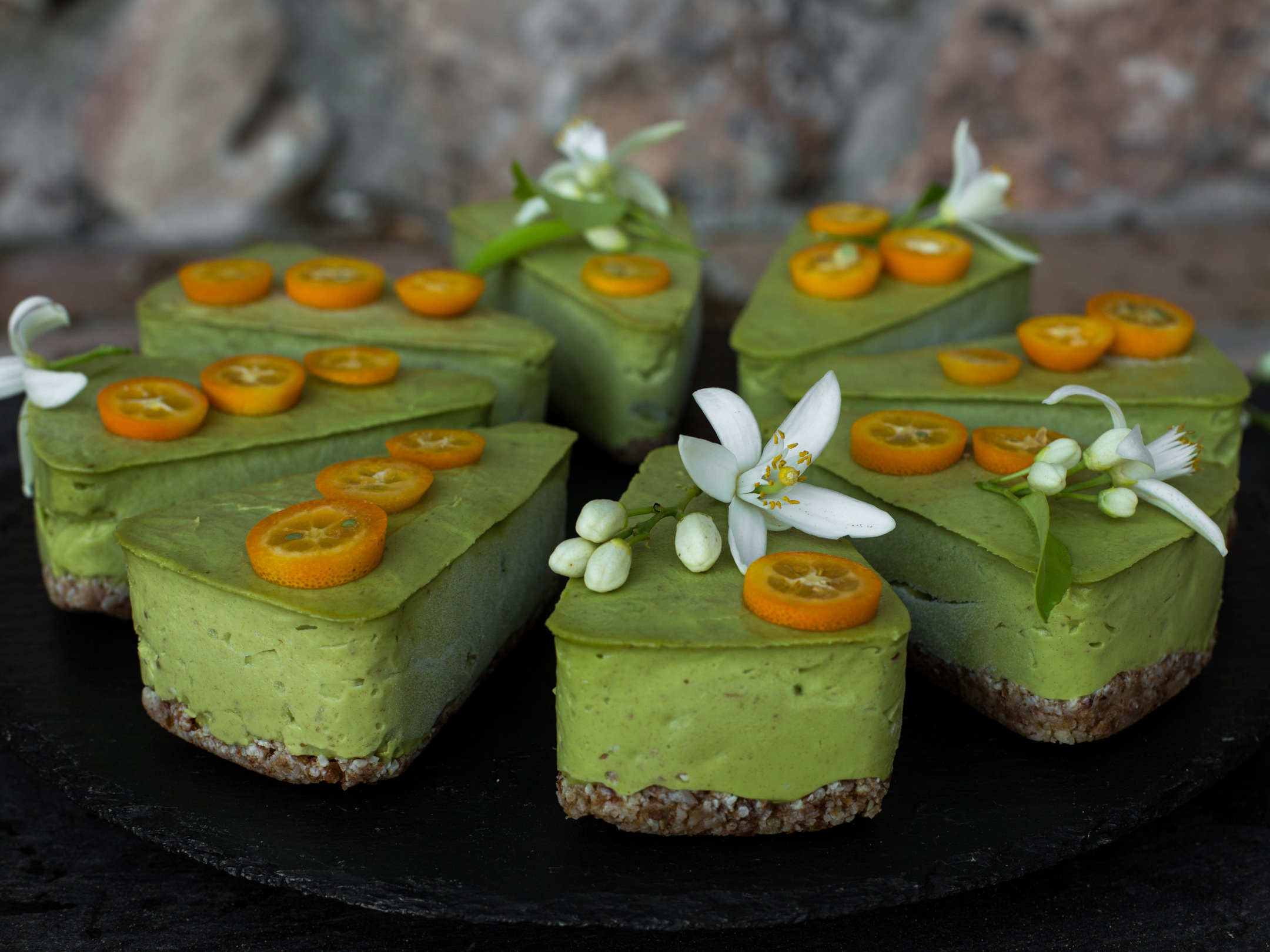 Avocado Cake raw vegan recipe