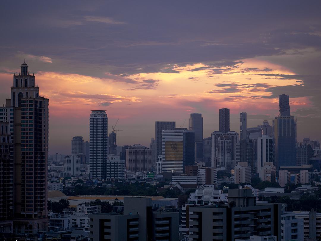 bangkok by night red sky