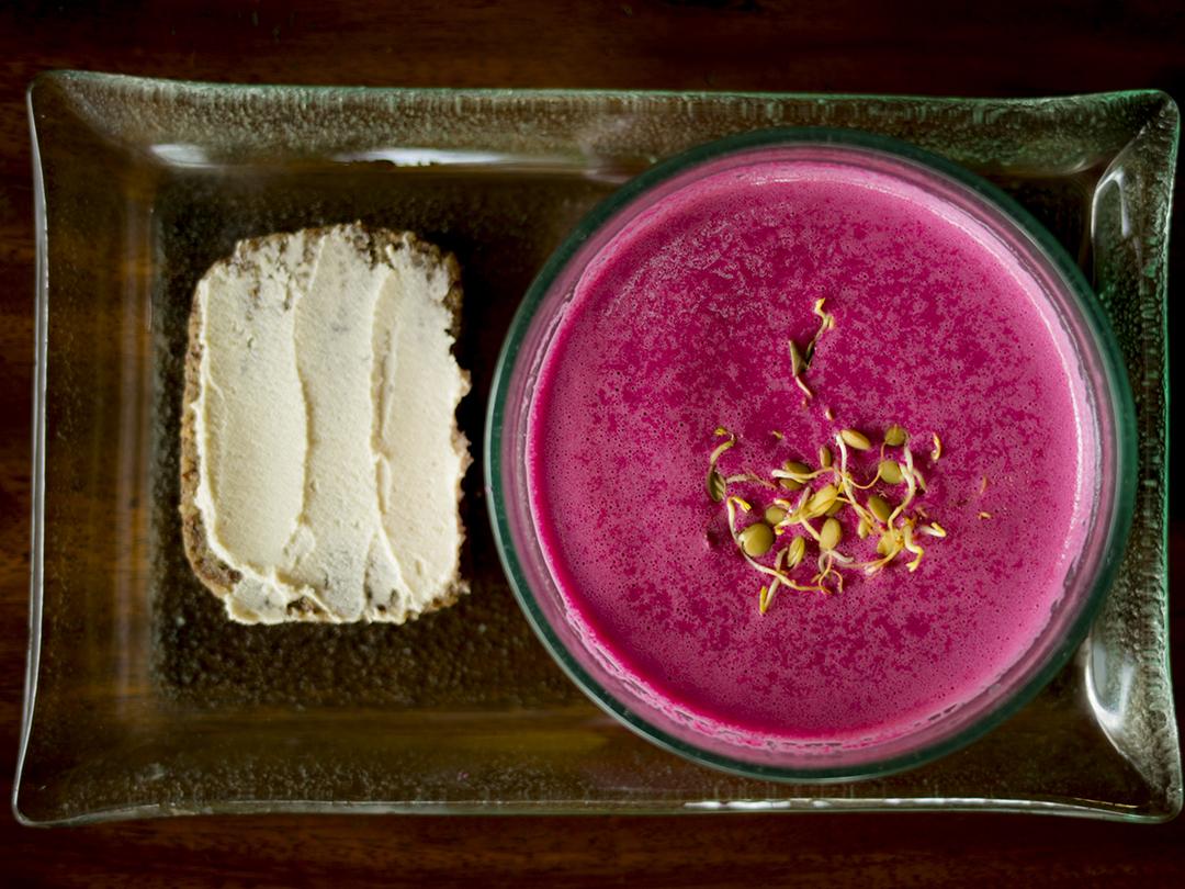 beet soup food raw vegan bali divine earth semeniak