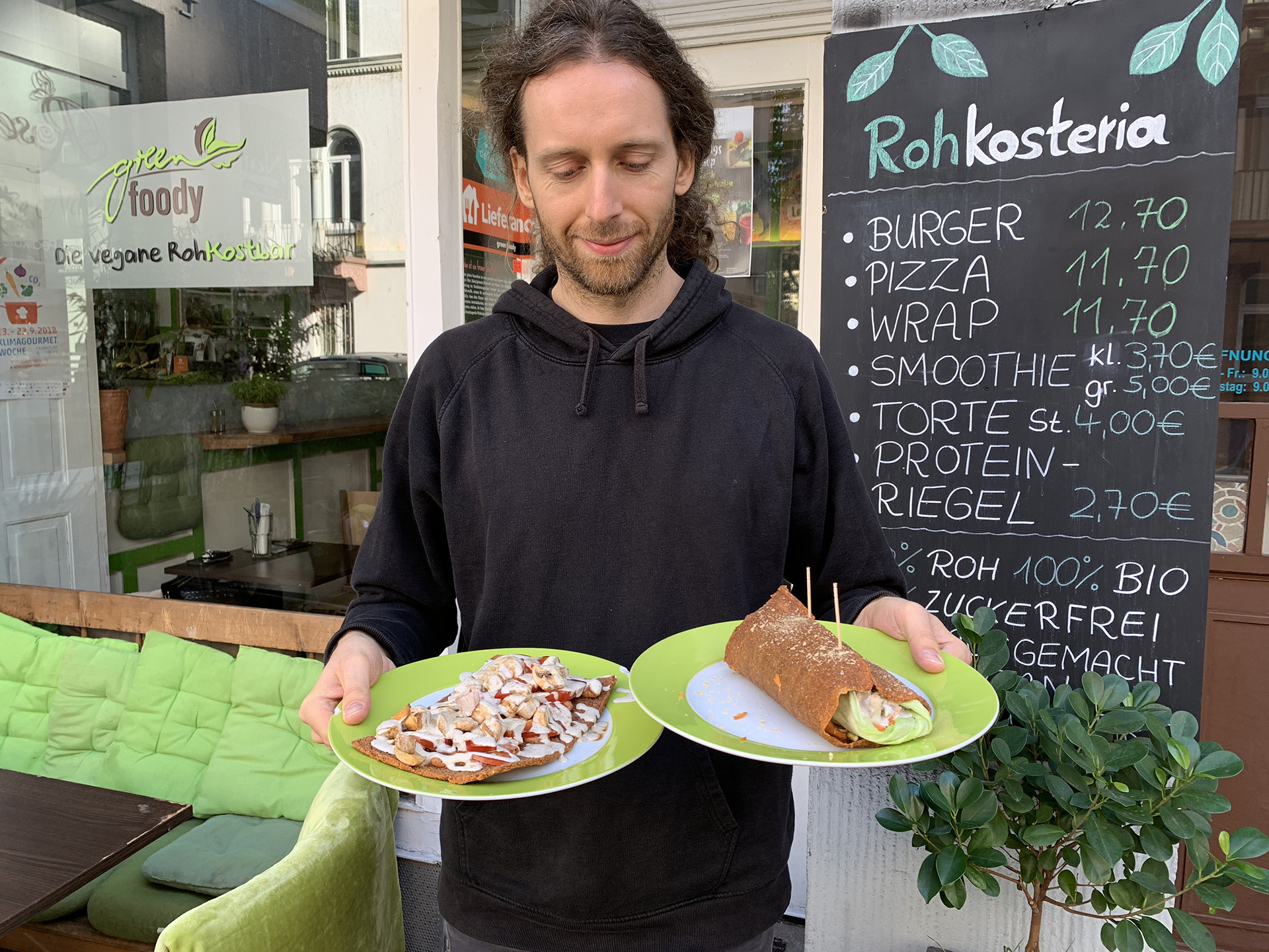 Rohkosteria raw food restaurant germany frankfurt