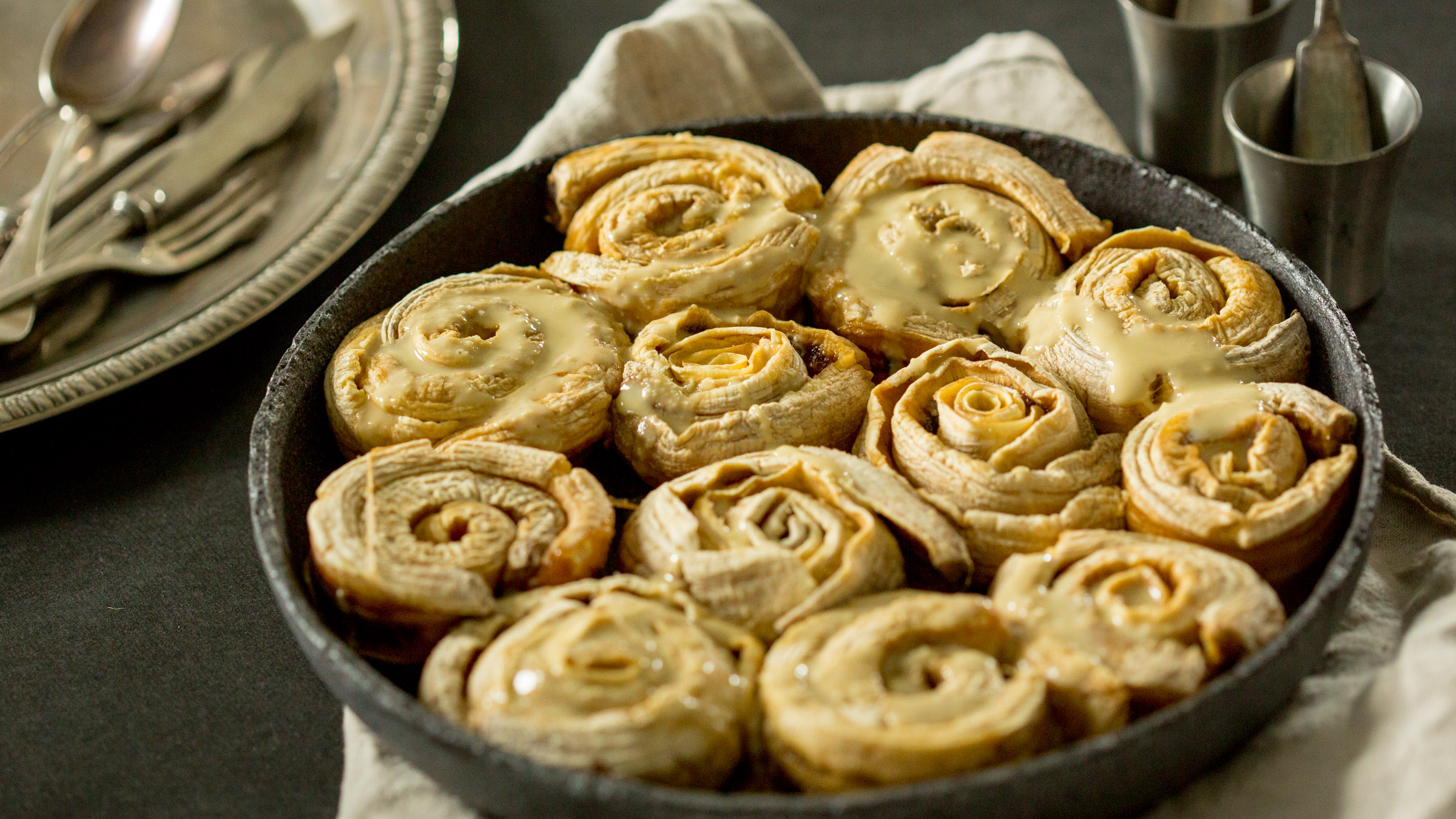 high carb raw cinnamon rolls