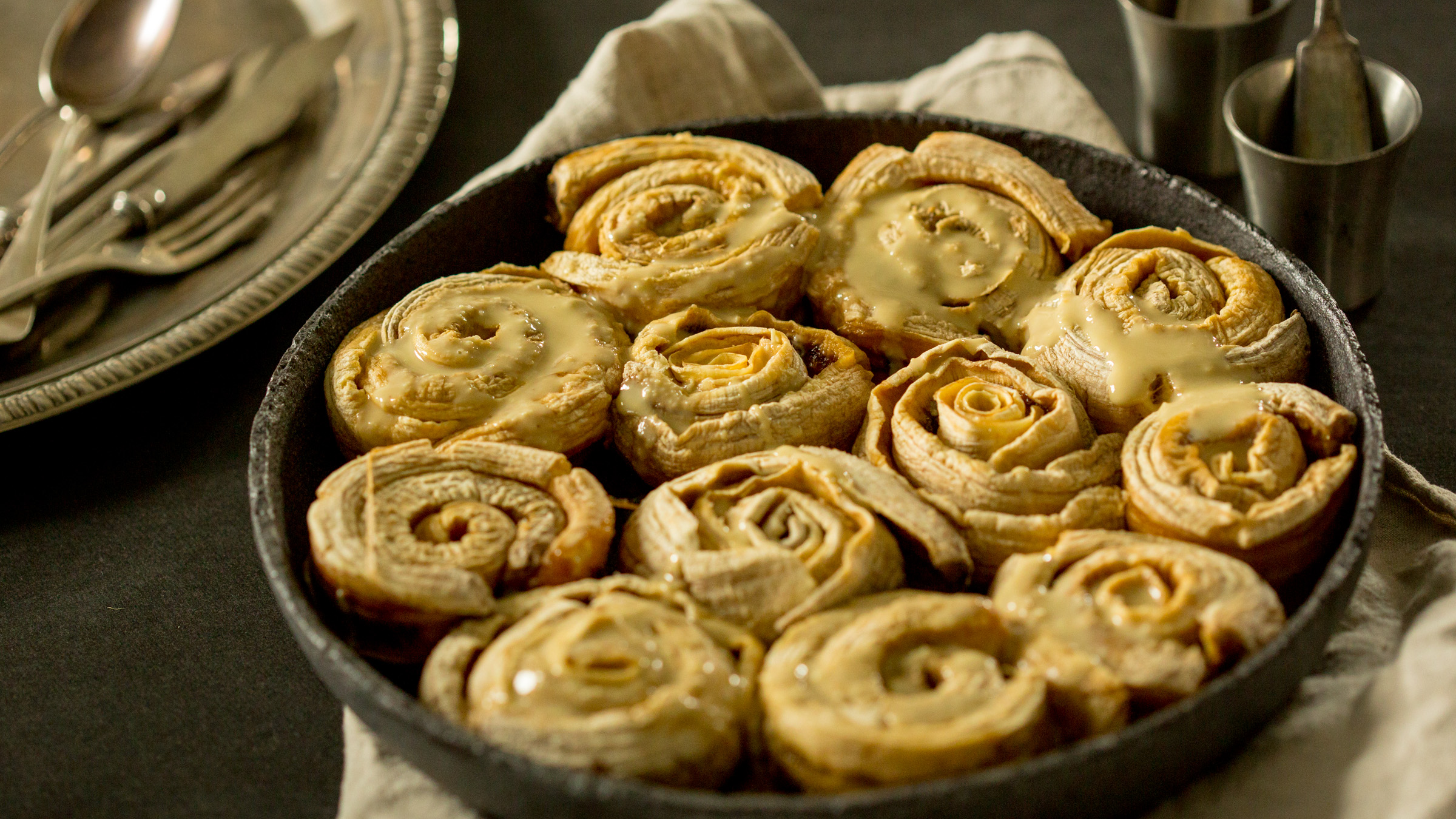 banna raw Vegan Cinnamon Rolls