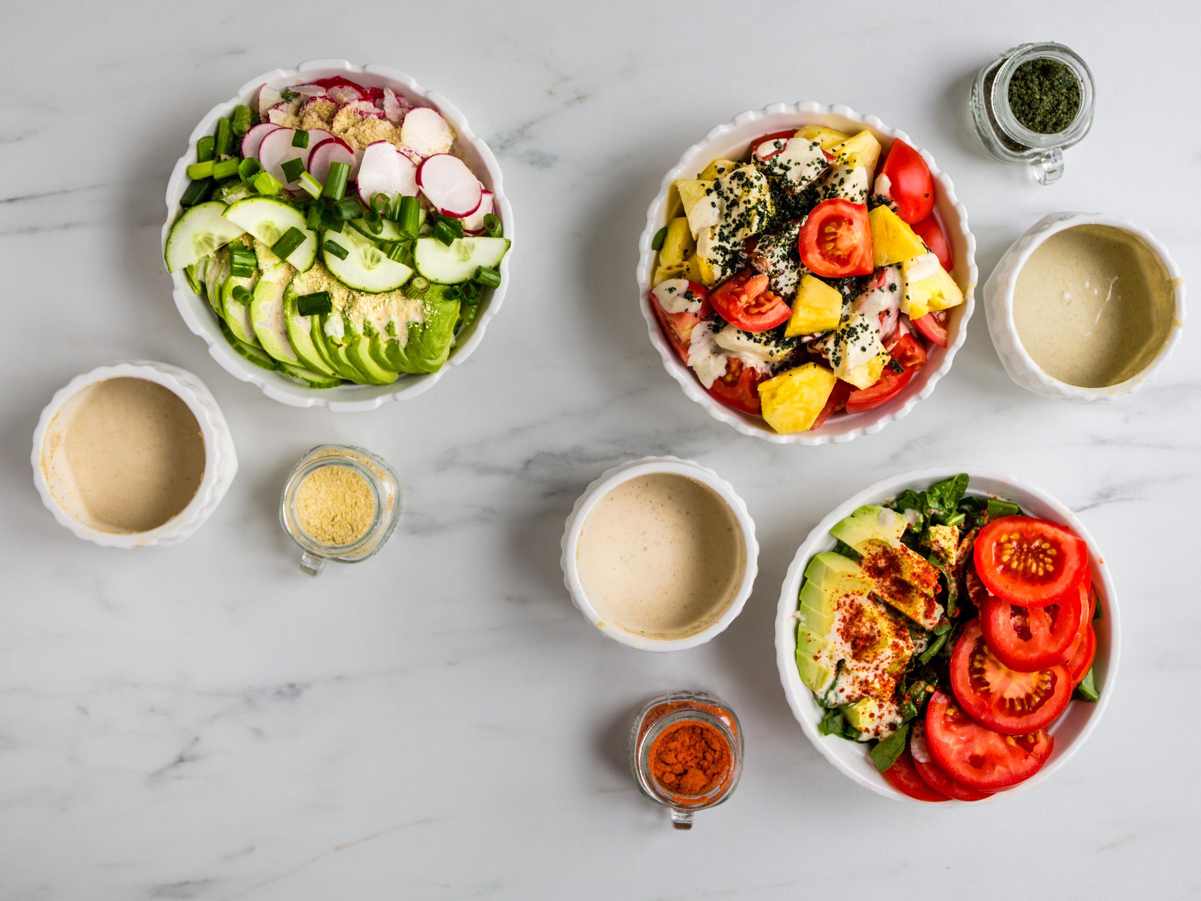 3 салата и веганские соусы из кешью