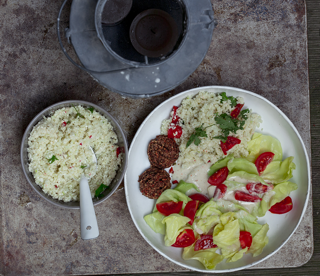 falafel salad taboule and tahini dressing