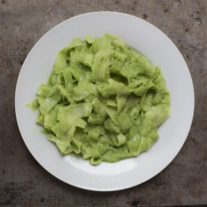 Феттучини салат