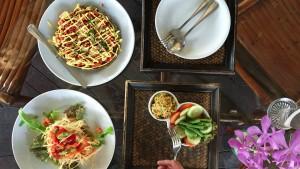 food plate rasayana retreat thailand raw food