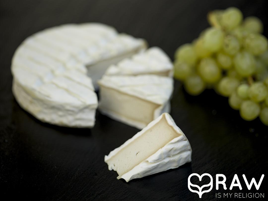 veganer käse rohkost happy cheeze platte camembert kaese
