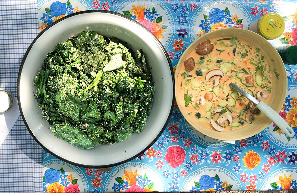 kale salat hai soup