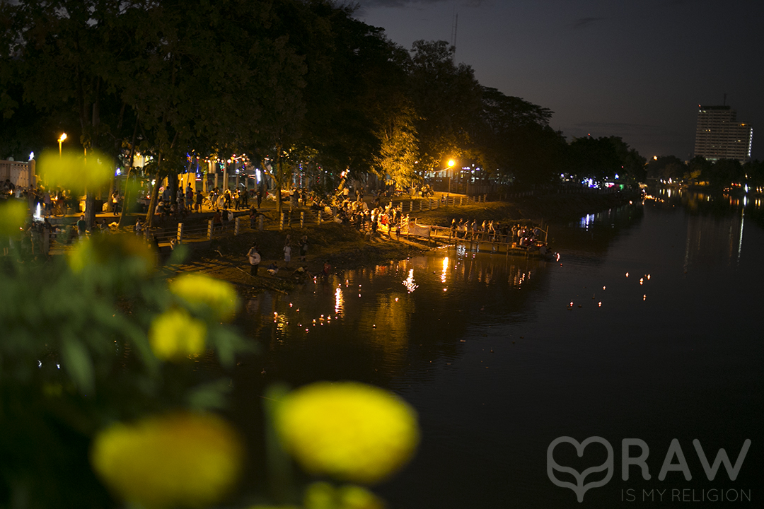 mae ping river Festival of light Loi Krathong and Yi Peng in Chiang Mai