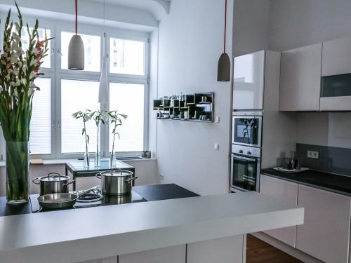minimalist kitchen tour