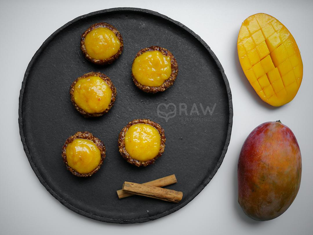 more raw food mango vegan tarts figs