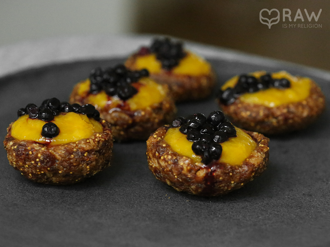more raw food marngo tarts