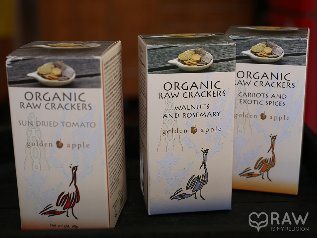 organic raw crackers golden apple