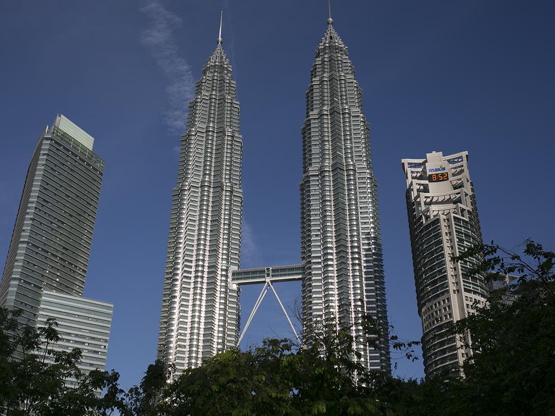 park towers twin towers kuala lumpur malaysia