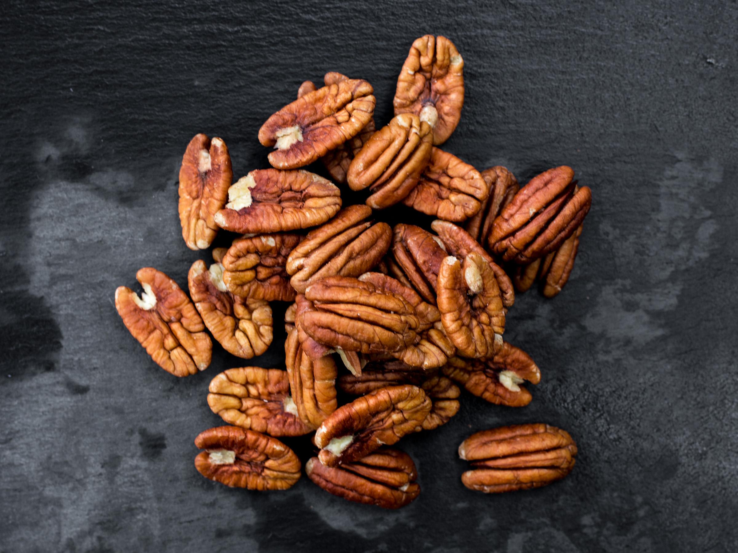 organic pecans for raw vegan recipes