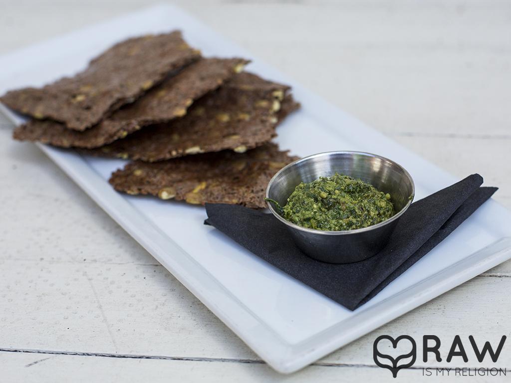 pesto crackers raw vegan suncafe