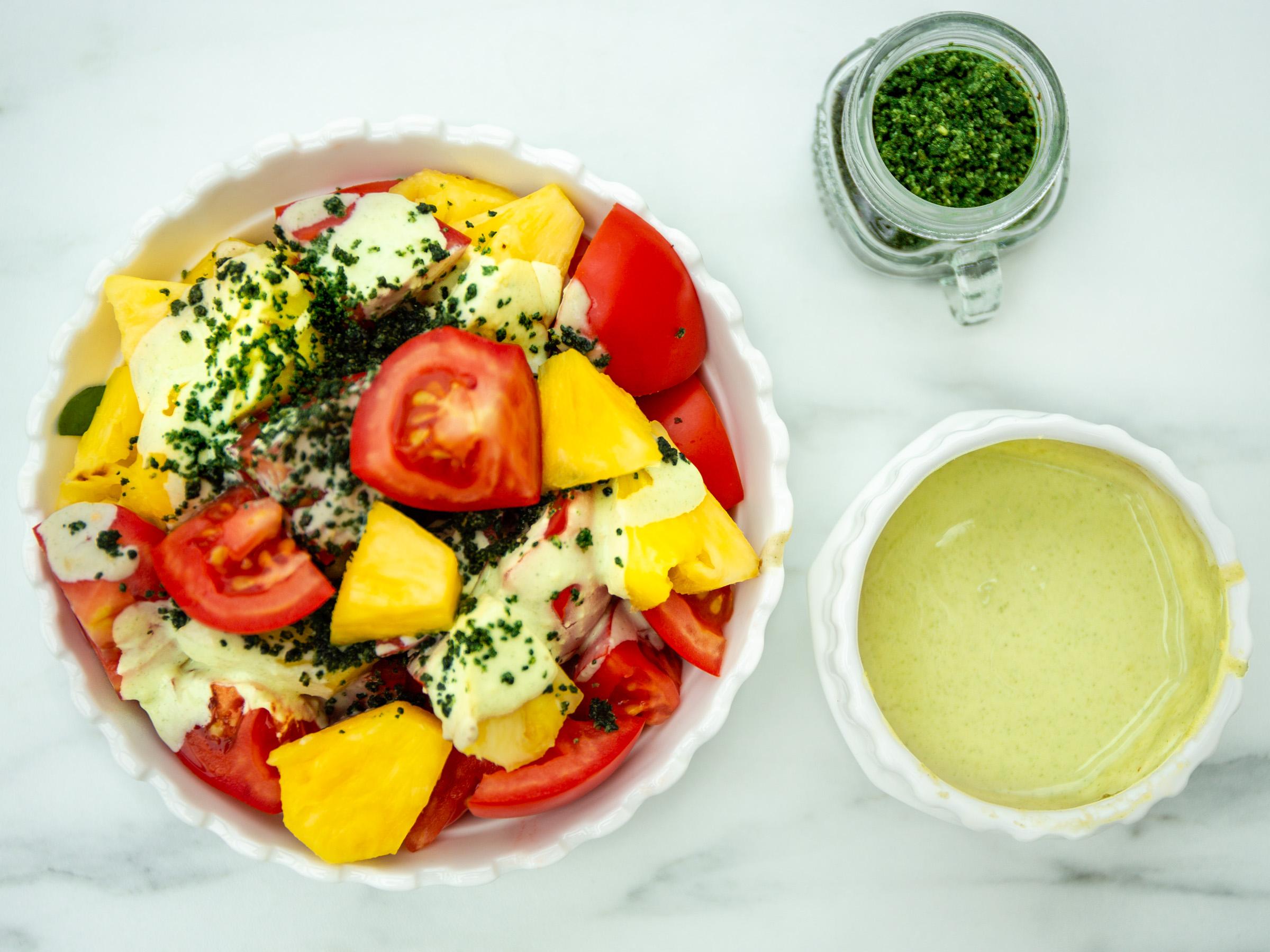 Ananas-Salat mit Wasabi-Dressing