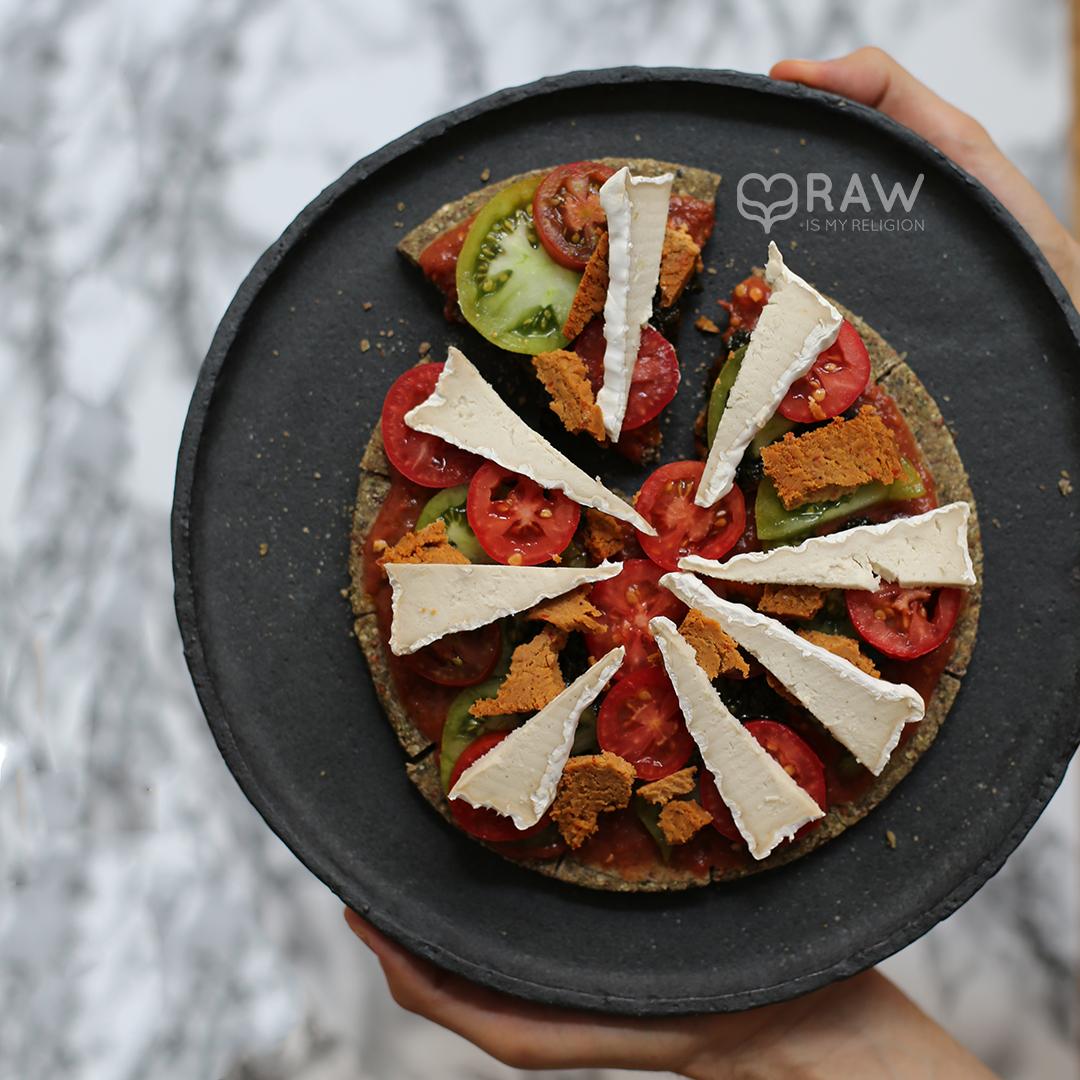 pizza raw food vegan recipe