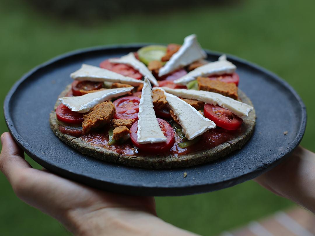 pizza raw vegan homemade recipe happy cheese