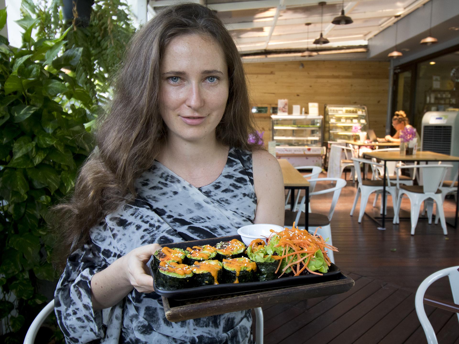 rasayana restaurant bangkok food raw vegan eating out vegan