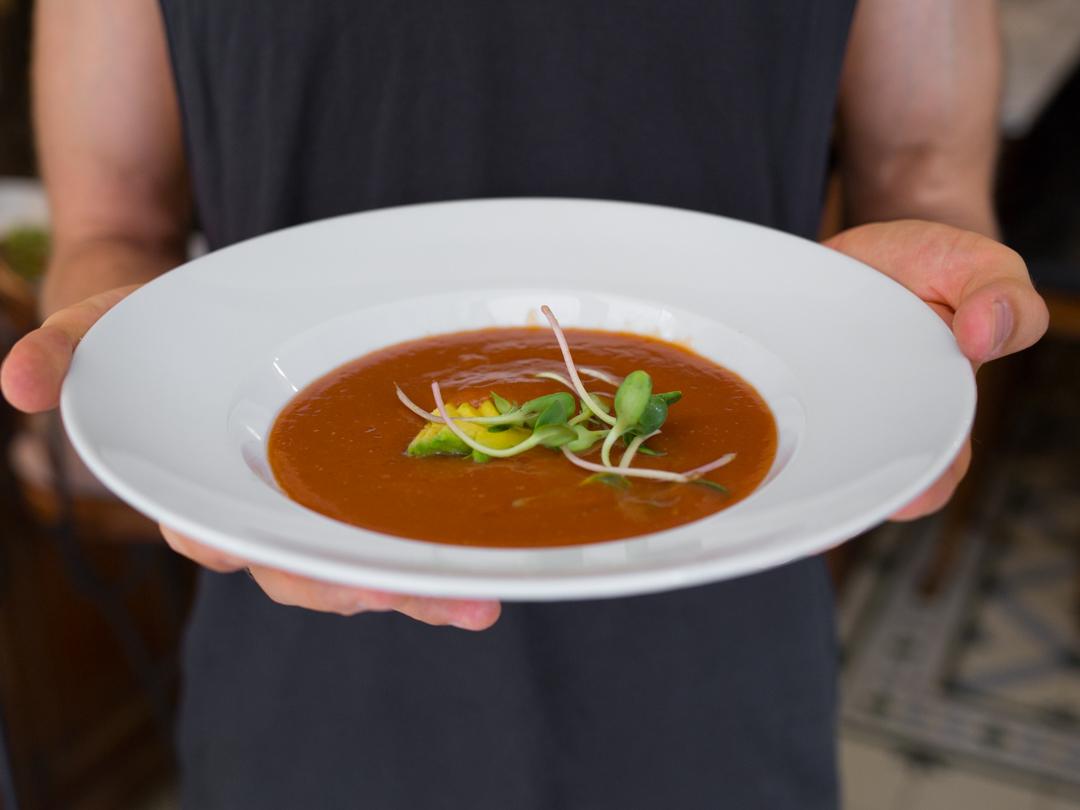 raw vegan tomato soup