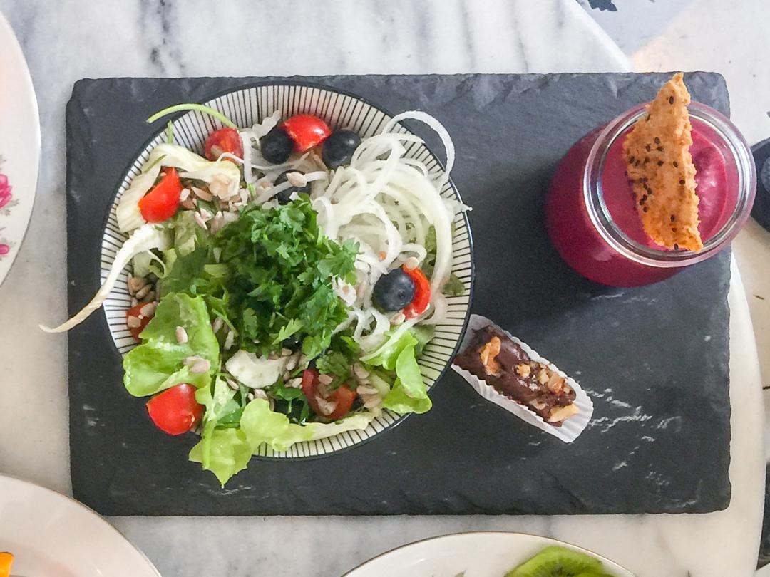 tagesmenü rohkost mit salat und suppe