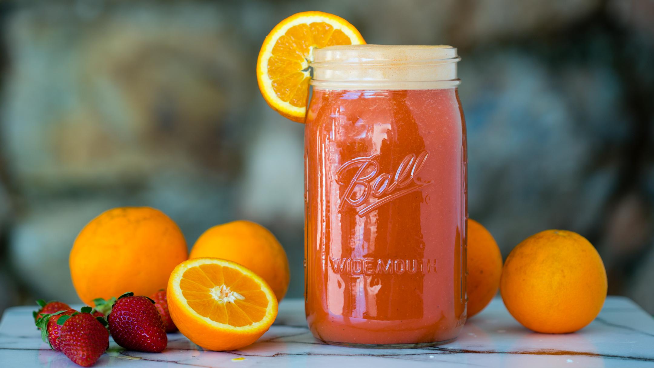 Апельсин клубничный коктейль