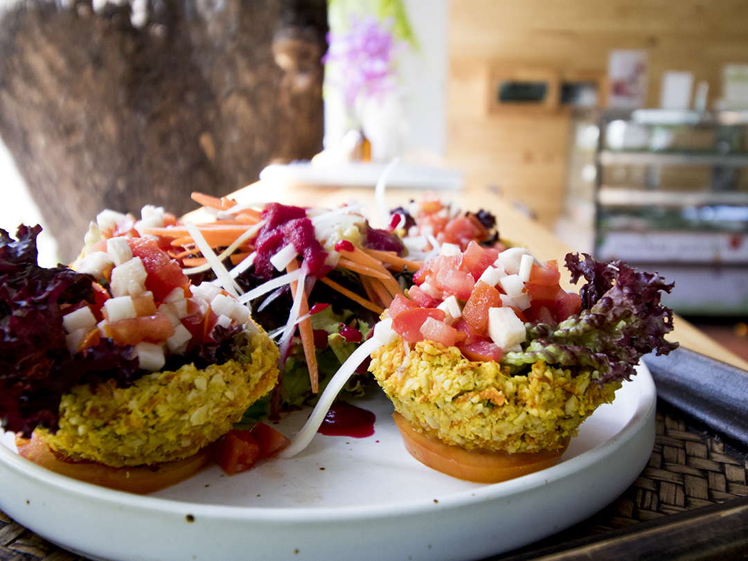 taco rasayana raw food restaurant bangkok