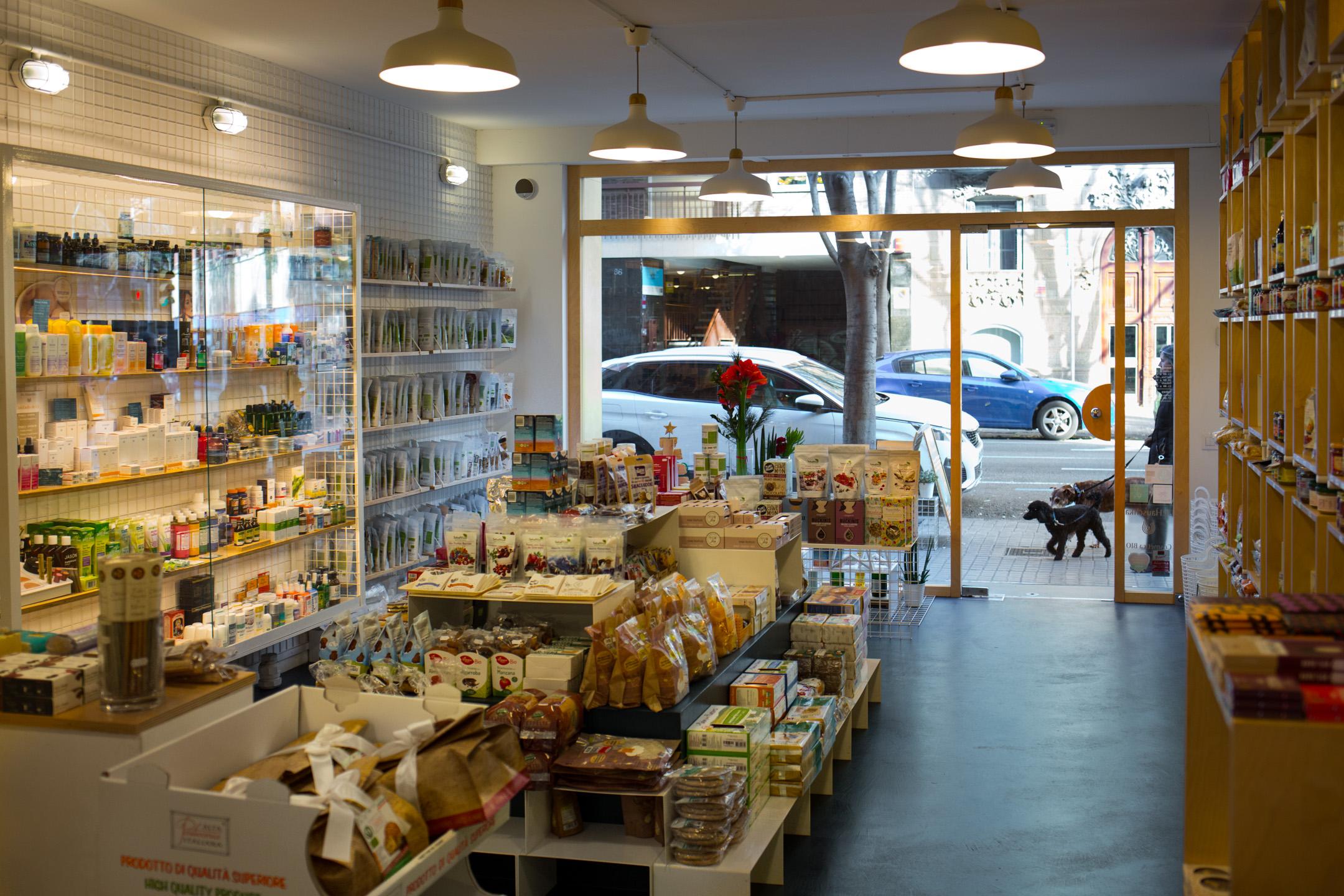 The Living Food Barcelona vegan shop.