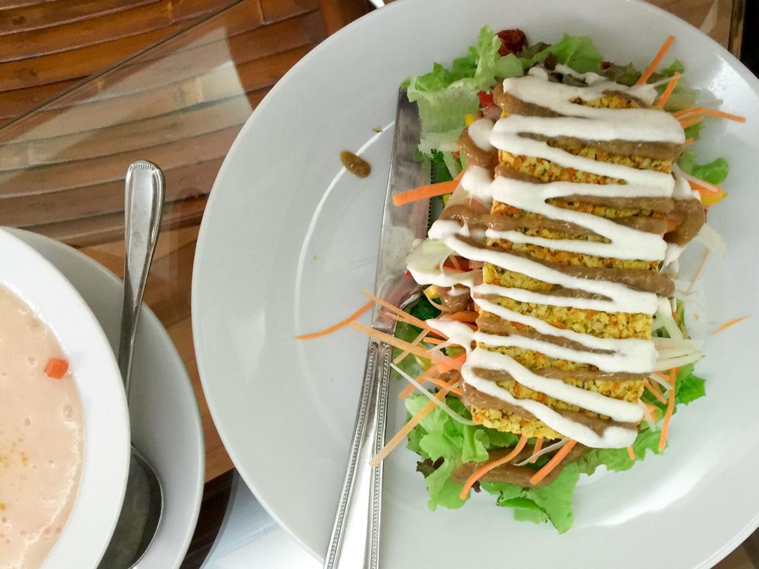 veggie sandwich rasayana retreat thailand raw food